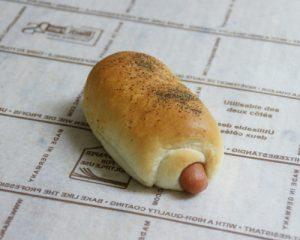 ミヨシのパン ウィンナー巻き