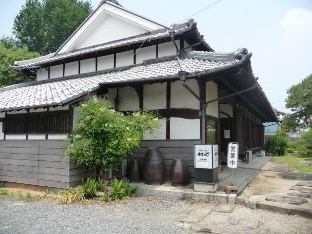 神社そば村の下外観