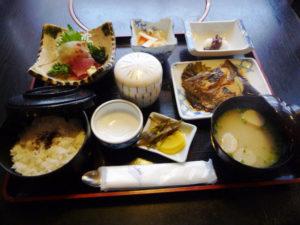 魚ごころ昼定食 煮魚