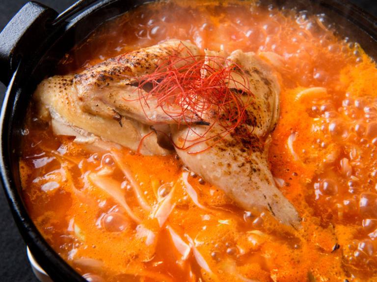 せい家赤い炊き鳥(トマトベース2人分1300円~)