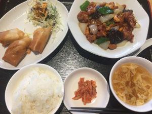 錦城 水巻店ランチ定食700円