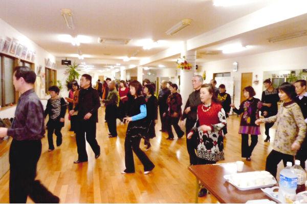 ダンスワールド高橋スタジオ練習風景1