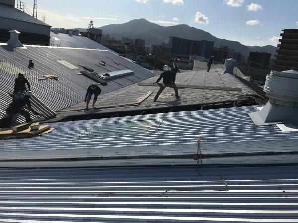 スレート屋根カバー工事3
