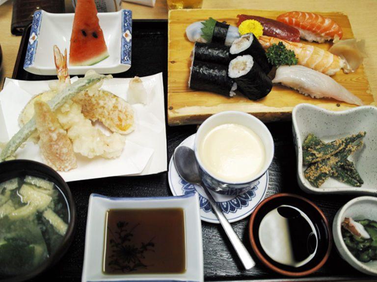 寿司・魚料理 弥助